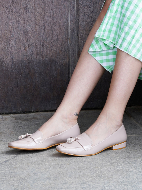 Nude Glittery Leatherette Loafers!