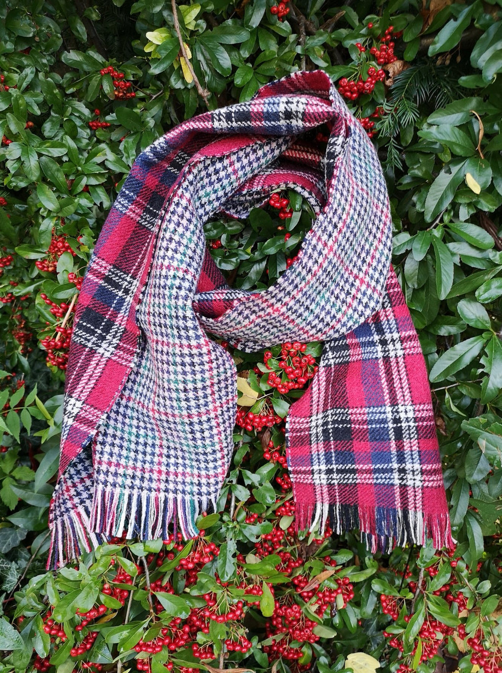 luxury winter scarf wool made-in-italy cool gift