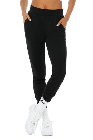 Alo Yoga Unwind Sweatpant Black Image 1 Of 5