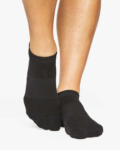 Pointe Studio Black Union Grip Socks Image 1 Of 2