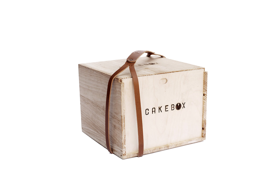 CakeBox™ with Large Strap/Handle Bundle