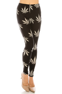 Plus Leggings: Leaf Design Leggings BCP(3XL-5XL)F17