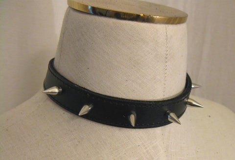 Real Leather Spiked Choker with Chain Link Fastening