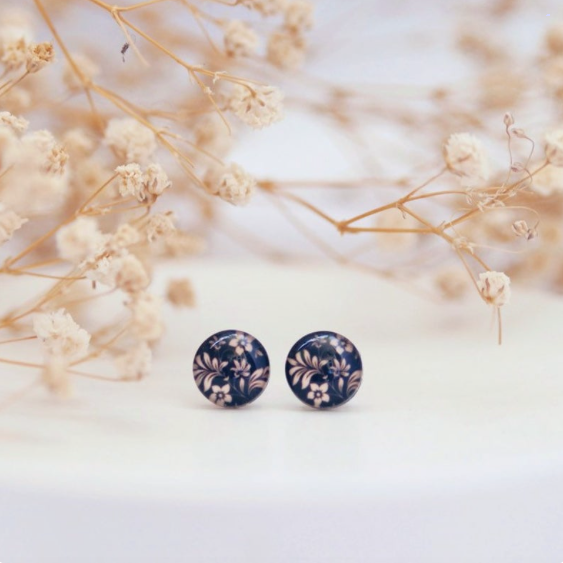 Elegant Black and Gold Floral Studs