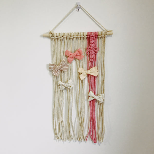 Macrame Bow Holder ♡︎