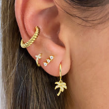 Load image into Gallery viewer, Twisted Ear Cuff