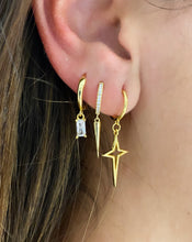 Load image into Gallery viewer, Crosstar Hoop earring