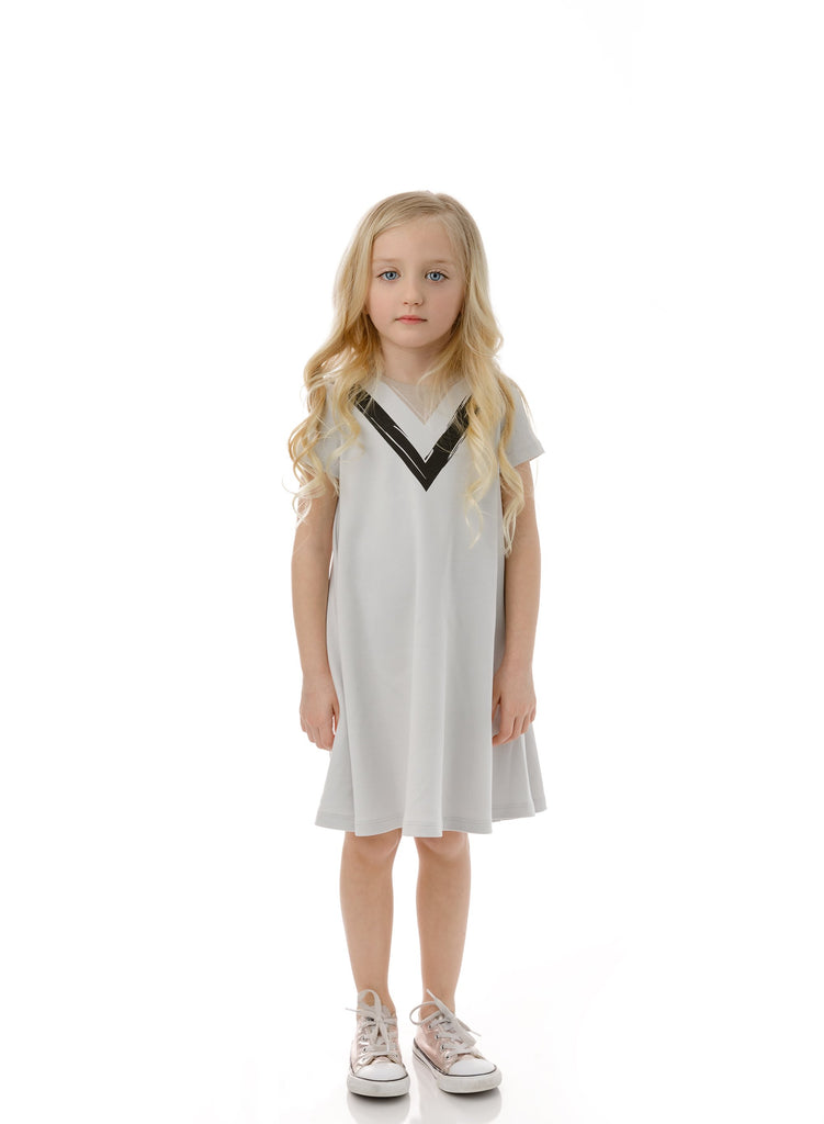 Girls' V-Print Dress in Light Grey