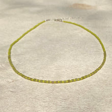 Load image into Gallery viewer, nephrite jade candy necklace (lime)