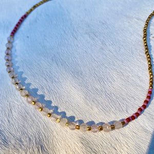 rose quartz summer necklace (golden)