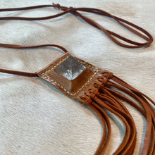 Load image into Gallery viewer, clear quartz horizon necklace (tan)