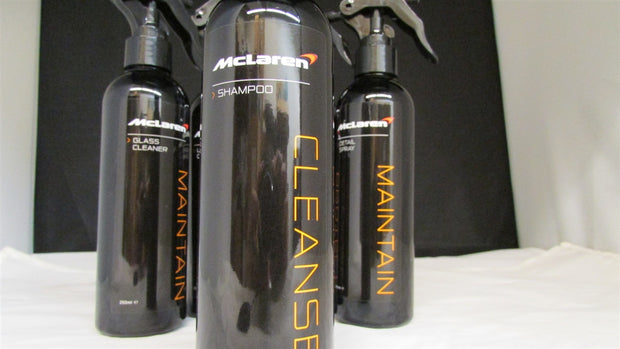 Mclaren Cleaning Set