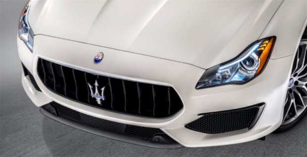 Maserati Ghibli Carbon Front Bumper (Drilled)