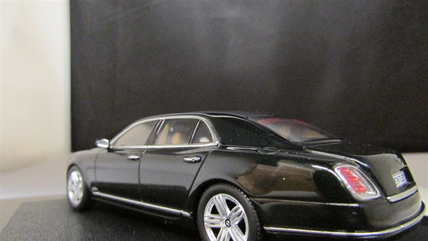 1/43  Scale Mulsanne in Midnight Emerald