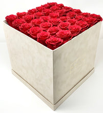 Load image into Gallery viewer, Suede Flower Box