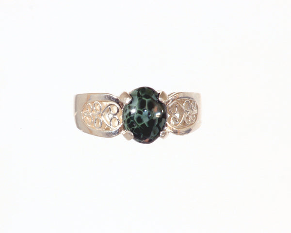8mm x 6mm Greenstone ring with Filigree setting