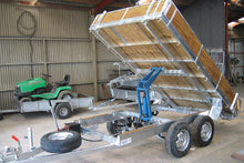 Load image into Gallery viewer, Hydraulic Tandem Axle Trailers