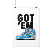 Laden Sie das Bild in den Galerie-Viewer, Air Jordan 1 Retro x Off-White UNC - Artliv Shop | Sneaker & Streetwear Posters