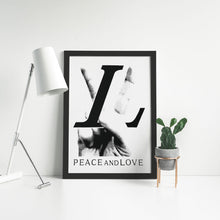 Laden Sie das Bild in den Galerie-Viewer, LV Peace and Love - Artliv Shop