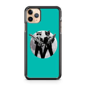 Cat in black Alien hunter Captain Feline 2 iPhone 11 Pro Max Case Cover | CaseSupplyUSA