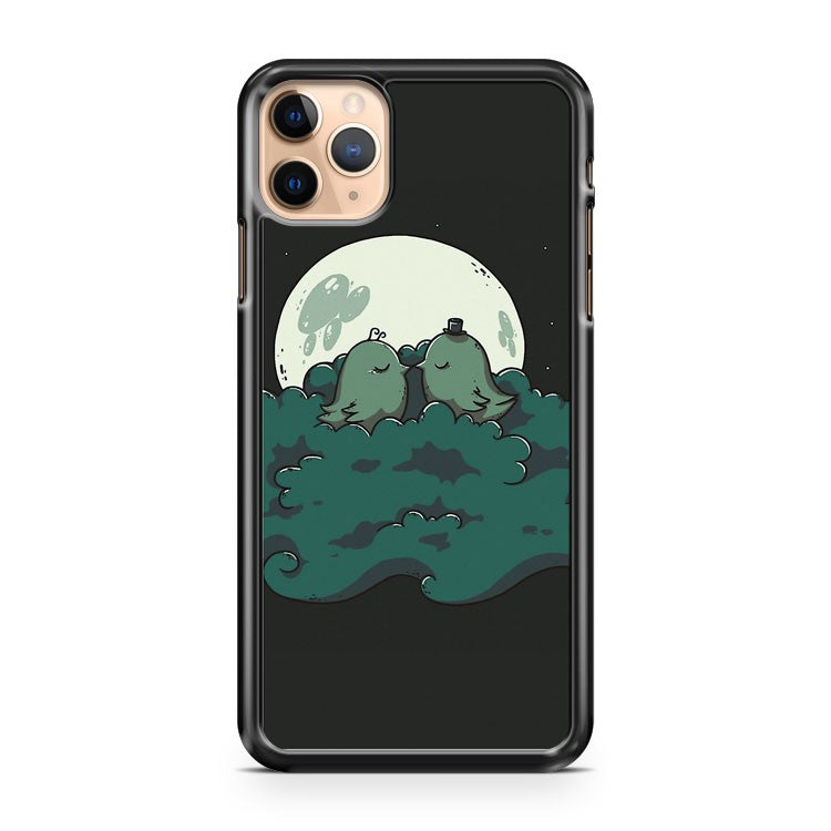 Moonlight Kiss iPhone 11 Pro Max Case Cover