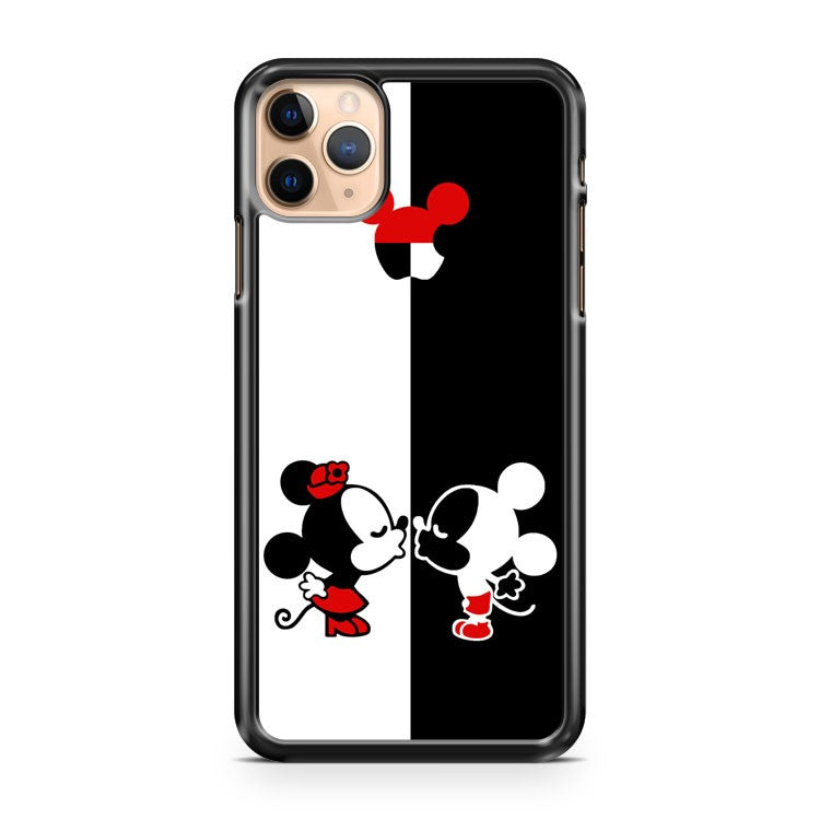 Mickey and minie kissing 2 iPhone 11 Pro Max Case Cover