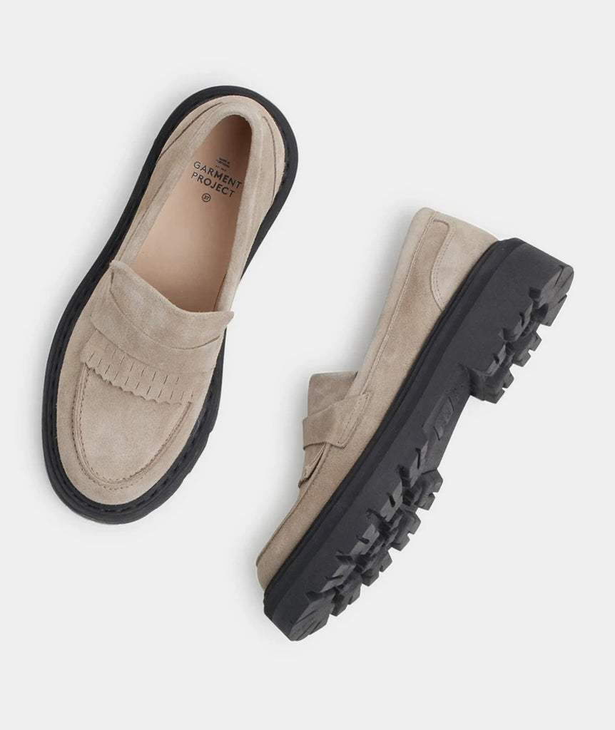 GARMENT PROJECT WMNS Spike Loafer - Earth Shoes 260 Earth