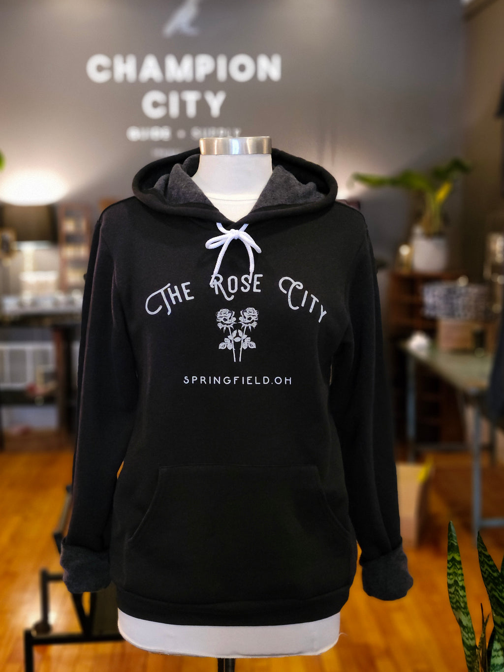 The Rose City Hoodie [black]