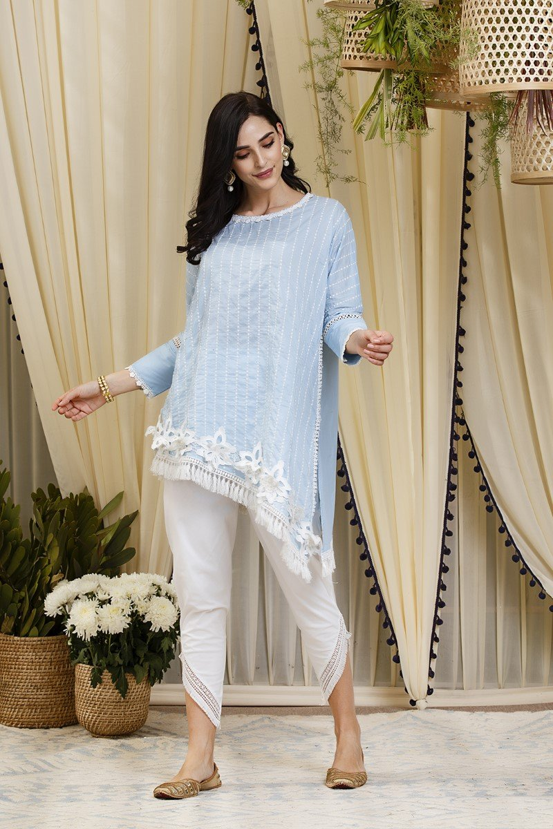Mulmul cotton Peony kurta with side fringe pants