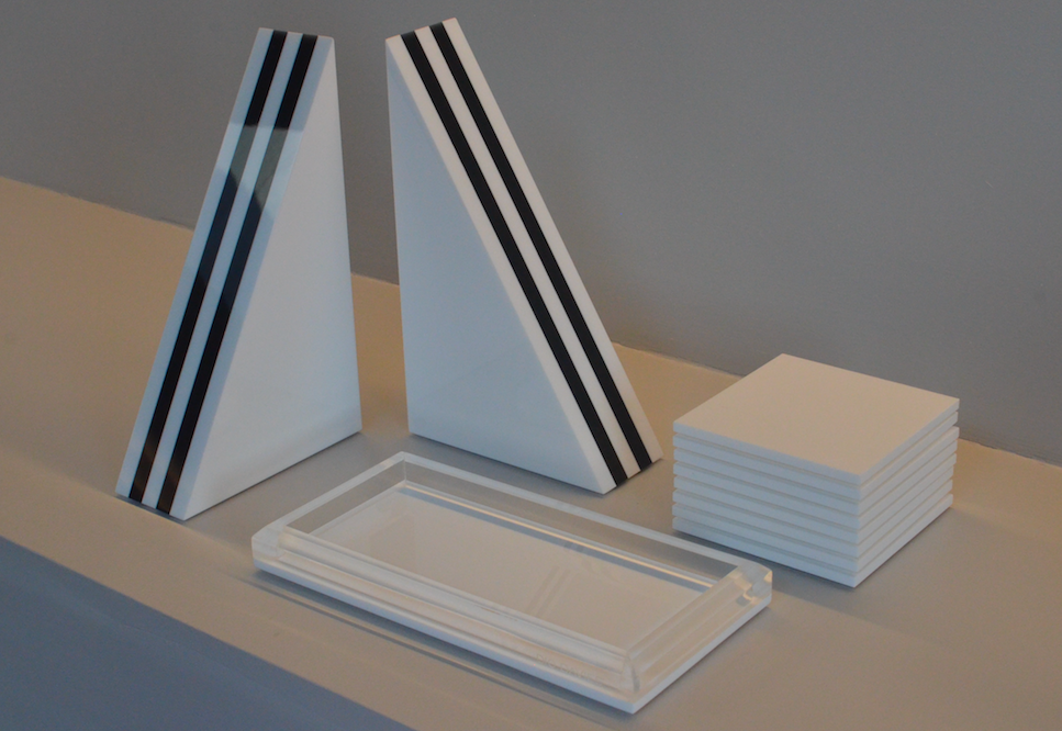 BOOKENDS WHITE/BLACK