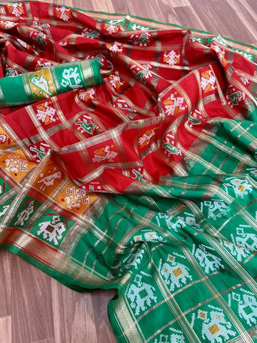 Fabulous Red & Dark Green Banarasi Patola With Rich Zari Pallu Designer Fancy Saree Online