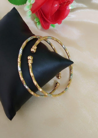 Glorious Silver Golden Colored Imitation Bangles Set