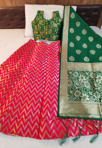 Beauteous Green & Pink Banarasi Silk With Padded Blouse Online Lehenga Choli Design
