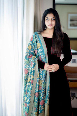 Party Wear Black color Rayon Plain kurta with Digital printed crep silk dupatta
