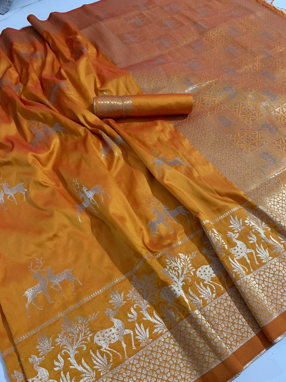 Ochre Color Soft Silk With Rich Pallu Saree Blouse For Wedding Wear