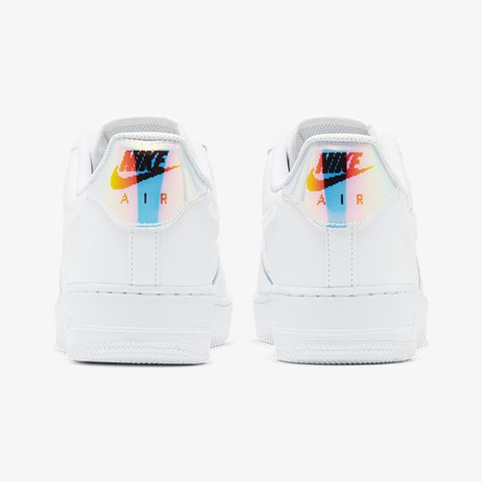FOOTWEAR - AIR FORCE 1 07 LV8