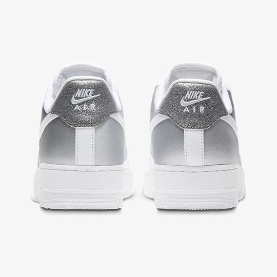 FOOTWEAR - NIKE AIR FORCE 1 07 W