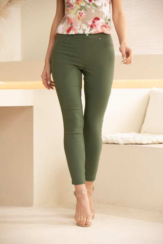 Solid Coloured Ankle Pant