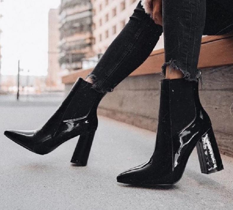 STEALTH BLACK HEELS