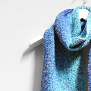 Astrakhan Scarf, Perfect Dive
