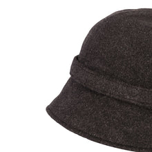 Load image into Gallery viewer, Donegal Tweed Flapper Cap, Black