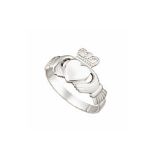 Load image into Gallery viewer, Claddagh Ring, White Gold