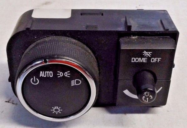 GMC Head Light Dome Light Control Knob Switch OEM P/N 25858426