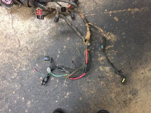 Load image into Gallery viewer, 05 06 07 FORD 6.0L 6.0 USED FUSE BOX E350 E450 ENGINE COMPARTMENT WIRING HARNESS SHIPPING TO CONTINENTAL US ONLY