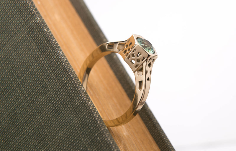 Green Sapphire Vintage Style Ring