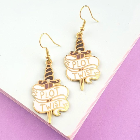 JUBLY UMPH PLOT TWIST EARRINGS