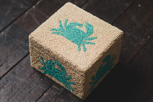 Beaded Crab Box - Medium - Natural / Aqua