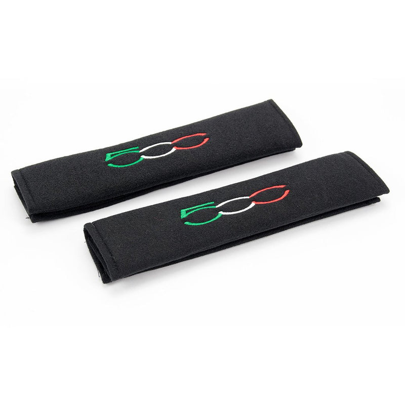 Fiat 500 logo embroidered on padded seat belt covers