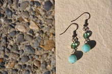Cargar imagen en el visor de la galería, Amazonite and Czech Crystal Dangle Earrings