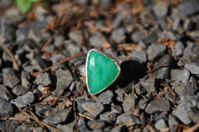 Load image into Gallery viewer, Triangle Chrysoprase Sterling Silver Ring